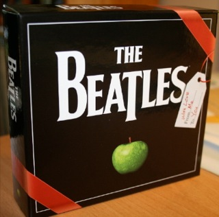 """Beatles """"Gift Box"""" Front"""