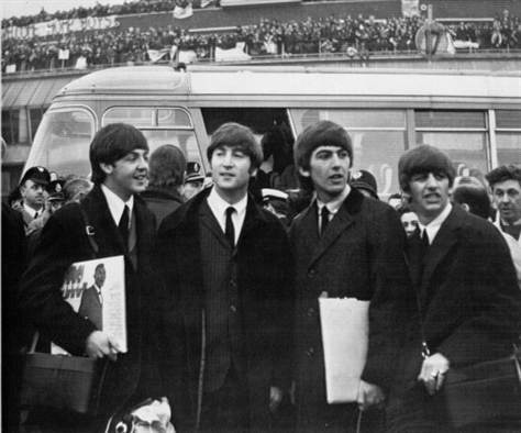 Beatles Airport1