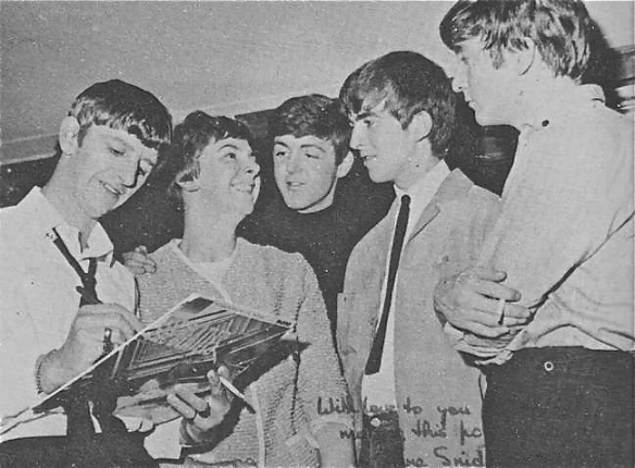 Beatles with Records4