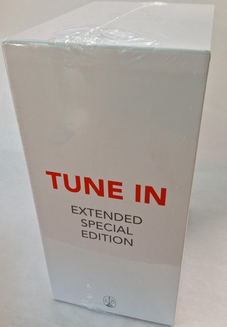 Tune In Extended front