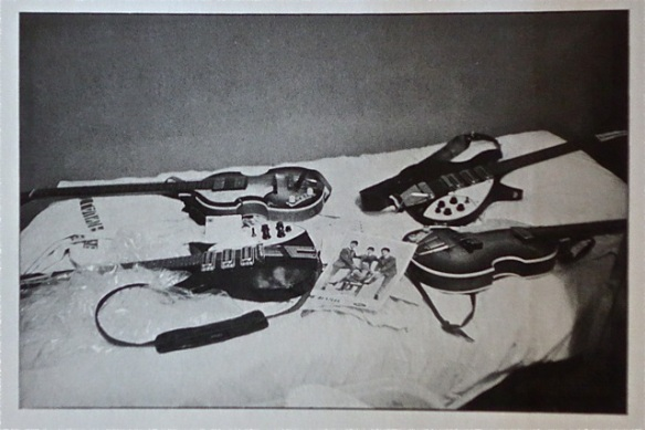 Beatles '64 guitars