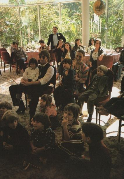 Lennon Family Album5