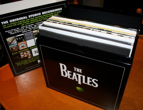 beatles-vinyl-lid-open2